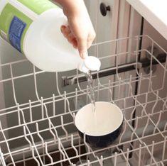 Beyaz Sirke ve Karbonat ile Bulaşık makinasının temizliği