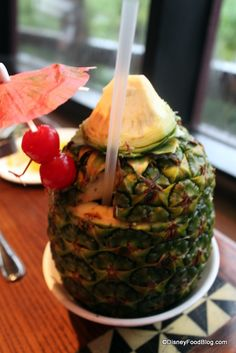 Top 10 Disney World Bars and Lounges -- UPDATED! :-)