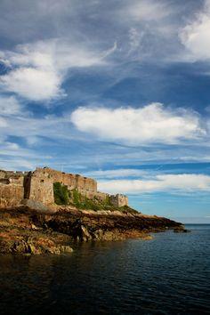 The picturesque cliffs of St Peter Port, Guernsey. #Guernsey #travel http://www.dukeofrichmond.com/location/guernsey-attractions