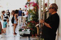 Street Musician  #lisbonlovers #toplisbonphoto #lisboaride #cantskipportugal #lisboalive #minhalisboasecreta