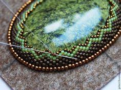 Оформление зубчатого края при обшивке кабошона бисером - Ярмарка Мастеров - ручная работа, handmade