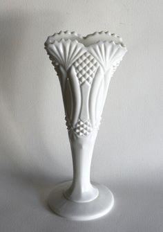 Rare Milk Glass Vase McKee Hickman by sodish on Etsy