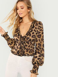 SheIn offers Leopard Long Sleeve Smocked Hem Top & more to fit your fashionable needs. Animal Print Outfits, Animal Print Fashion, Diva Fashion, Couture Fashion, Womens Fashion, Winter Fashion Outfits, Autumn Winter Fashion, Beautiful Outfits, Cool Outfits