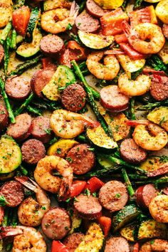 Cajun Shrimp and Sausage Vegetable Sheet Pan is so incredibly easy but packed with such amazing cajun flavor! Cajun Shrimp and Sausage Vegetable Sheet Pan is so incredibly easy but packed with such amazing cajun flavor! Cajun Shrimp Recipes, Shrimp Recipes For Dinner, Healthy Dinner Recipes, Healthy Sausage Recipes, Sausage And Shrimp Recipes, Sausage Dinner Recipes, Sausage Meals, Easy Cajun Recipes, Cooked Vegetable Recipes