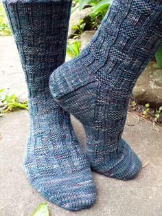Love the stitch pattern.