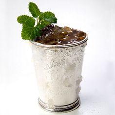Blackberry Mint Julep Margarita 5 Blackberries 6 Mint leaves 2 oz Milagro Añejo Tequila 1 oz Lime juice 1 oz Honey syrup (one part honey, one part water) Garnish: Blackberries and mint sprig Glass: Julep cup