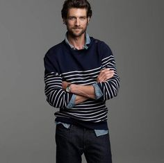The Elitist View: Men's Fashion: Mens Fashion - Knitted Scarves with torn end's
