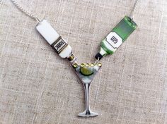 Collier cocktail gin and tonic sur Etsy, 12,46€