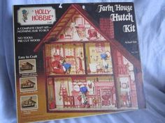 VINTAGE 1974 HOLLY HOBBIE FARM HOUSE HUTCH KIT UNASSEMBLED IN BOX