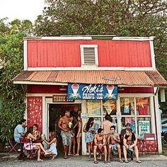Haleiwa, Hawaii on North Shore is where I'm moving! Aloha Hawaii, Hawaii Vacation, Hawaii Travel, Travel Usa, Visit Hawaii, Hawaii Honeymoon, Italy Vacation, Honeymoon Destinations, Holiday Destinations