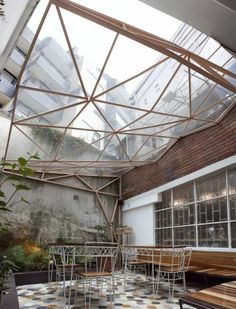 Effective ideas for a canopy made of glass