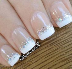 french nails almond Sparkle - DIY French Nail Tips At Home - Nail ideas Manicure Com Glitter, White Glitter Nails, White Tip Nails, Glitter Art, French Gel, Glitter French Tips, Ombre French, Nail Art Designs, French Nail Designs