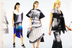 Mary Katrantzou a/w Pretty sure that far left one is a photograph of the pier in my town, which was one of the locations in Never Let Me Go. Mary Katrantzou, Unique Outfits, Beautiful Outfits, Fashion News, High Fashion, Women's Fashion, Plus Sise, Fashion Prints, Fashion Design