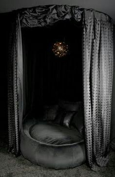 Round bed with curtains