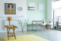 Culori pastelate si ambient luminos in apartamentul unei familii din Bucuresti- Inspiratie in amenajarea casei - www.povesteacasei.ro