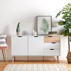 Simple and bright, the VonHaus White & Light Oak Large Sideboard is a contemporary storage solution for your living room with a mix of cupboards and drawers. White Sideboard, Large Sideboard, Oak Sideboard, Furniture Risers, Solid Wood Furniture, White Furniture, Light Oak Furniture, Wardrobe Furniture, Furniture Dolly
