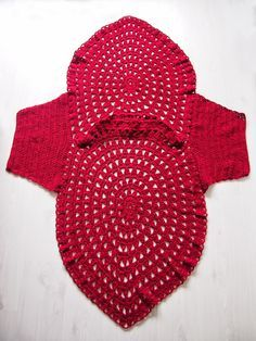 VMSomⒶ KOPPA:- Red flower circle T-shirt - Front&back with sleeves