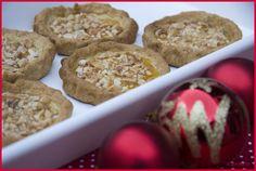 Tortas de Recao. Las tortas de recao son unos dulces de navidad típicos de Murcia. Son unos dulces deliciosos con un sabor intenso a miel y almendras.