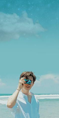 Chanyeol lockscreen for yall Chanyeol Cute, Park Chanyeol Exo, Kpop Exo, Kyungsoo, Chansoo, Chanbaek, Celebrity Travel, Celebrity Dads, Celebrity Style