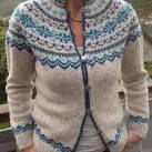 kofte mandelblomst - av Wenche Roald Fair Isle Knitting Patterns, Sweater Knitting Patterns, Knit Patterns, Clothing Patterns, Knit Sweaters, Scandinavian Pattern, Sweater Design, Knit Or Crochet, Womens Fashion