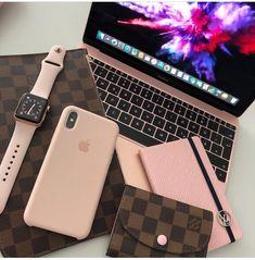 There is a lot of information available to help you use your iphone to its maximum capabilities. Keep reading and learn some tricks for your iphone. Macbook Skin, Macbook Pro, Cute Phone Cases, Iphone Cases, Telefon Apple, Apple Store, Accessoires Iphone, Mac Book, Coque Iphone