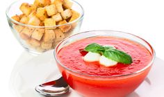 Krem z pomidorów z mozzarellą i bazylią • Lista przepisów • DietMap