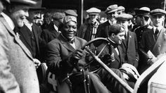5 Little-Known Facts About Boxing Champion Jack Johnson Jack Johnson Boxer, Teeth Images, American Boxer, Heavyweight Boxing, Becoming An American Citizen, Boxing History, Joe Louis, Champions Of The World, Boxing Champions