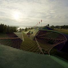 This is a playground. (Blaxland Riverside Park)
