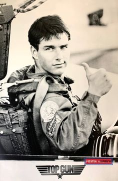 Tom Cruise Hot, Top Gun Movie, Wall Collage, Wall Art, Natural Man, Tumblr Wallpaper, All Poster, Vintage Tees, Hot Boys