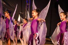 Alunas de dança da Fundação Municipal de Cultura na Festa do Maracujá de 2013 - Foto de Jaqueline Ronsani #araquari #prefeituradearaquari #festadomaracujá