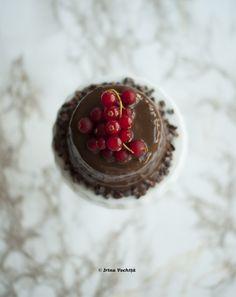 Prăjitură raw vegan cu ciocolată