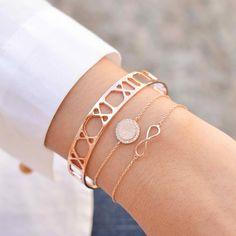 Bracelets – Page 34 – Finest Jewelry Hand Jewelry, Rose Gold Jewelry, Cute Jewelry, Handmade Jewelry, Bracelet Or Rose, Hand Bracelet, Bijoux Or Rose, Dainty Bracelets, Diamond Bracelets