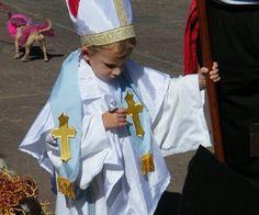 Easy Pope Costume (optionally No Sew!)