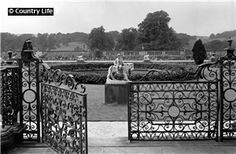 The entrance to the west terrace at Chatsworth House. Pub Orig CL 23/06/1900