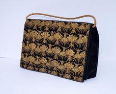 4afe24f06055 VINTAGE BLACK VELVET EVENING BAG GOLD WIREWORK CLUTCH HANDBAG OCCASION  INDIA A1   eBay