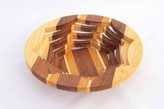 Drevená miska vyrobená na lupienkovej pílke tzv. Scroll Saw, Decorative Bowls, Home Decor, Decoration Home, Room Decor, Home Interior Design, Home Decoration, Interior Design