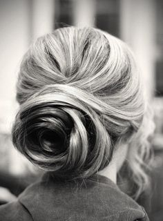 rose bun , anyone know how to do this on top of the head?