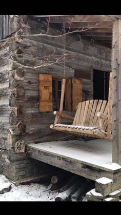 Wonderful Ideas to build your dream log cabin home in the mountains or next to a river. A necessity to get away from our crazy life. Diy Log Cabin, Log Cabin Living, Log Cabin Homes, Cabin Kits, Log Cabins, Cabins And Cottages, Decks And Porches, Cabins In The Woods, Decoration