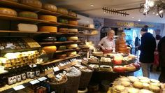 Amsterdam Cheese Museum (cheese production and tasting) - Amsterdam