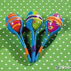 Shake things up with these Easter egg crafts. For kids, these plastic egg maracas are a fun way to make a little noise and for parents, there is no worry . Diy With Kids, Easter Egg Crafts, Plastic Egg Crafts For Kids, Older Kids Crafts, Plastic Eggs, Plastic Spoons, Wie Macht Man, Operation Christmas Child, Spring Crafts