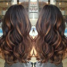 Golden caramel balayage on her dark brown hair . I want to try the balayage method of hair color. Hot Hair Colors, Cool Hair Color, Indian Hair Color, Spring Hair Colors, Hair Color Ideas For Dark Hair, Fall Winter Hair Color, Hair Color For Fair Skin, Latest Hair Color, Dark Winter