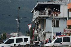 Turkey: At Least Five Killed in Istanbul and Sirnak Attacks  Read more: http://www.bellenews.com/2015/08/10/world/europe-news/turkey-at-least-five-killed-in-istanbul-and-sirnak-attacks/#ixzz3iPlptrIq Follow us: @bellenews on Twitter   bellenewscom on Facebook