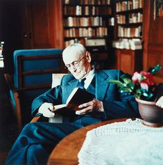 """burnedshoes:  © Gisèle Freund, 1962, Hermann Hesse, Montagnola """"I live in my dreams — that's what you sense. Other people live in dreams, but not in their own. That's the difference."""" ― Hermann Hesse, Demian   » more photos of famous people «"""
