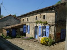 Charming and immaculate stone cottage in les deux sevres close to the border of the Vendée. Poitou Charentes France, Les Deux Sevres, 2 Bed House, French Property, Apartments For Sale, Provence, Property For Sale, Villa, Around The Worlds
