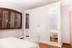 Bramato Cucine | Camera da letto in noce patinato con letto Giusti ...