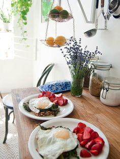 beautiful breakfast plates