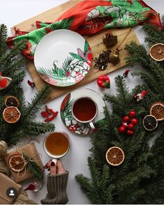 Beautiful Christmas decorations and tea :-) Beautiful Christmas Decorations, Cosy Winter, Herbal Tea, Herbalism, Table Decorations, Photo And Video, Create, Home Decor, Herbal Medicine