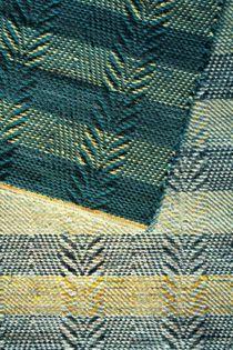 bliqblaqbloq - Mattotehtailua Woven Rug, Woven Fabric, Rag Rugs, Weaving Projects, Recycled Fabric, Scandinavian Style, Textile Design, Pattern Design, Hand Weaving