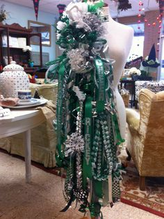 Deluxe homecoming mum @ The Bouquet 254-559-0486