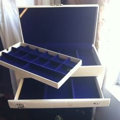 Vintage Jewelry Box on Etsy, $23.00
